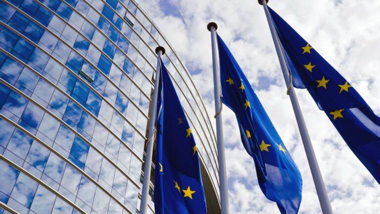 Economia il rapporto tra Cina e EU, Act Finanz gestori patrimoniali Svizzera